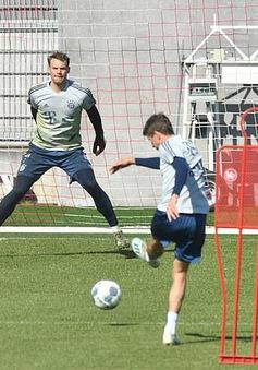 Bayern Munich trở lại tập luyện theo cách đặc biệt