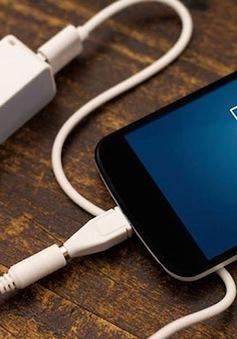 Công nghệ sạc nhanh khiến tuổi thọ pin smartphone bị hao mòn