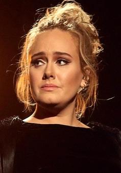 Ly hôn, Adele mua nhà đối diện chồng cũ