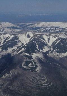 """Khám phá bí ẩn """"Núi kho báu"""" tại Siberia"""