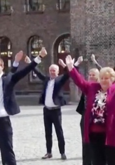 Clip: Thủ tướng Na Uy nhảy múa tập thể trên sóng truyền hình