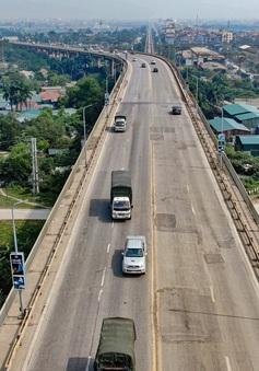 Cấm ô tô trên cầu Thăng Long từ cuối tháng 7