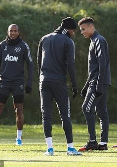 Manchester United sẽ không ép các cầu thủ phải trở lại tập luyện