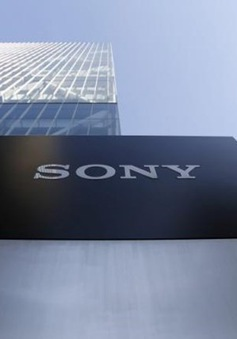 Sony sản xuất và tặng tấm che mặt cho các bệnh viện Nhật Bản