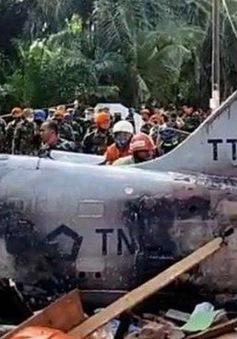 Rơi trực thăng quân sự tại Indonesia, phi công nhảy dù sống sót