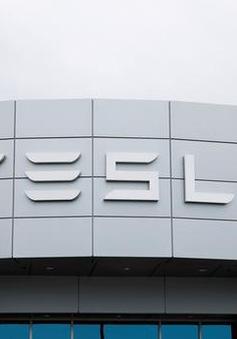 """Tesla đang tiến gần tới đích trong nỗ lực tạo ra loại pin """"triệu dặm"""""""