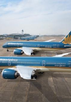 """Vietnam Airlines: Hai tháng hồi phục bay nội địa, niềm vui """"chẳng tày gang"""""""