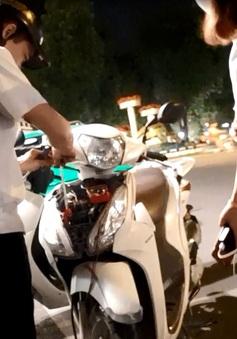 Công an vào cuộc điều tra hành vi tháo trộm phụ tùng xe tại phố đi bộ