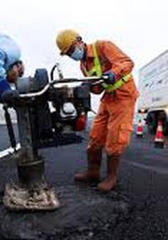 Bộ Tài chính đề xuất giảm 10-30% phí sử dụng đường bộ