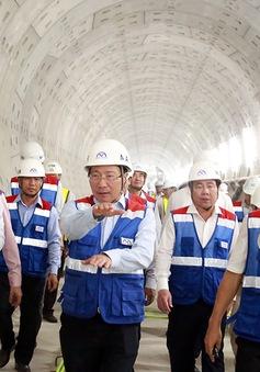 Phó Thủ tướng Phạm Bình Minh thị sát tuyến metro số 1 của TP.HCM