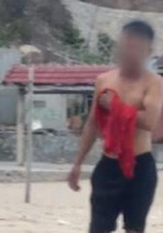 Nữ du khách bị quấy rối khi lặn ngắm san hô ở đảo Bình Ba?