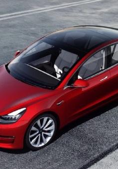 """Tesla """"cháy hàng"""" tại Hàn Quốc"""