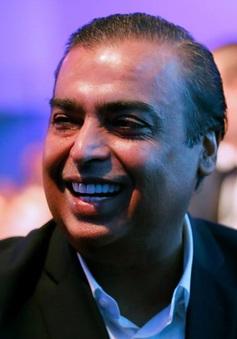 Tỷ phú giàu nhất Ấn Độ đánh cược vào thị trường thương mại điện tử trong nước