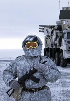"""Cuộc cạnh tranh ảnh hưởng khốc liệt ở  """"vùng đất hứa"""" Bắc cực"""