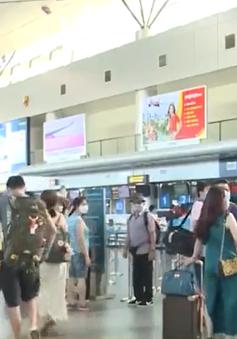 Các hãng hàng không hỗ trợ du khách rời khỏi Đà Nẵng