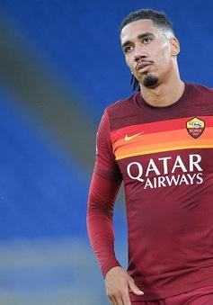 Man Utd muốn bán đứt Chris Smalling cho AS Roma