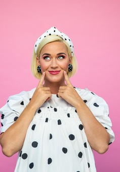 Sắp đến ngày sinh, Katy Perry vẫn không sợ hãi