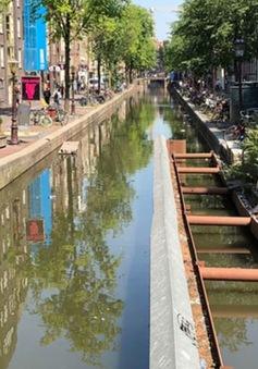 Amsterdam đang sụp đổ, ai là người phải trả giá?