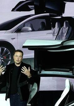 Vượt Mark Zuckerberg, Elon Musk trở thành người giàu thứ ba thế giới