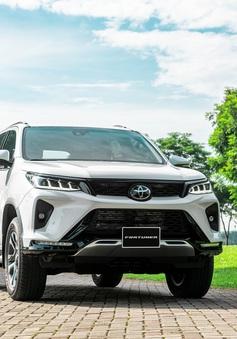 Toyota Fortuner 2020 chính thức ra mắt với giá khởi điểm gần 1 tỷ đồng