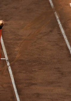 Vòng 2 giải quần vợt Italia mở rộng: Milos Raonic, Fognini đều bị loại