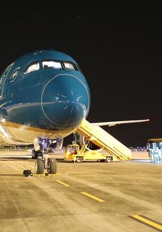 Đề xuất lộ trình nối lại các chuyến bay thương mại quốc tế