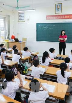 Bộ GD&ĐT đề nghị giữ nguyên mức học phí hiện hành ở tất cả cấp học đối với năm học 2021-2022