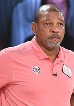 Los Angeles Clippers chia tay với HLV Doc Rivers