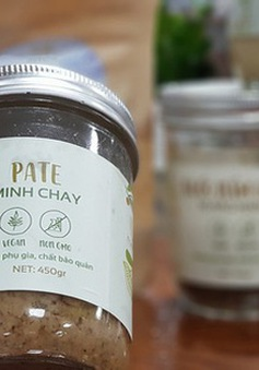 Hoang mang cảnh thực phẩm chế biến sẵn tràn lan trên chợ mạng