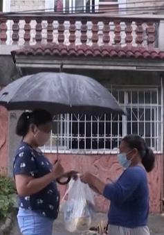 Đổi đồ lấy thực phẩm trong mùa dịch COVID-19 nở rộ tại Philippines