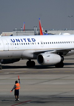 Nhiều hãng hàng không Mỹ bỏ phí đổi chuyến để thu hút khách hàng