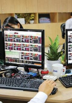 Cổ phiếu họ Vin dẫn dắt đà tăng, VN-Index tiến gần mốc 1.200 điểm