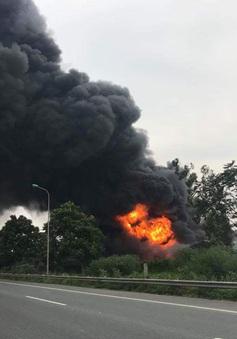 Liên tiếp xảy ra cháy trên tuyến đường đại lộ Thăng Long