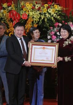 Nhà hát Ca múa nhạc Việt Nam vinh dự đón nhận danh hiệu Anh hùng Lao động thời kỳ đổi mới