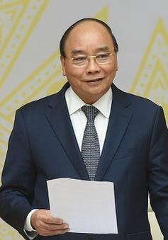 """Thủ tướng Nguyễn Xuân Phúc: """"Chúng ta không được vấp ngã để kinh tế Việt Nam tụt dốc"""""""