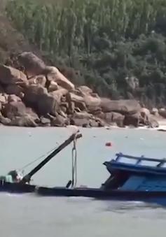 Ngư dân Quảng Ngãi và nỗi lo cửa biển cạn