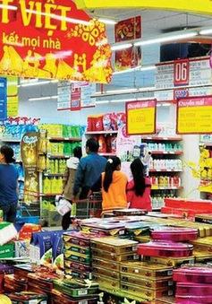 Hàng Việt chiếm ưu thế trên thị trường Tết