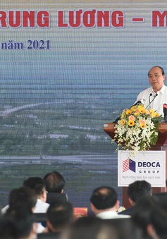 Thủ tướng Nguyễn Xuân Phúc: Phải khánh thành tuyến cao tốc mẫu mực Trung Lương - Mỹ Thuận trong năm 2021