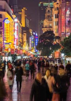 """Kinh tế đêm - """"Chìa khóa"""" cho tăng trưởng của Thượng Hải (Trung Quốc)"""