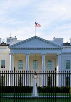 Nhà Trắng xem xét kiến nghị của các thượng nghị sĩ đảng Cộng hòa về phục hồi kinh tế