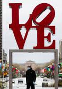 Tình yêu thời COVID-19
