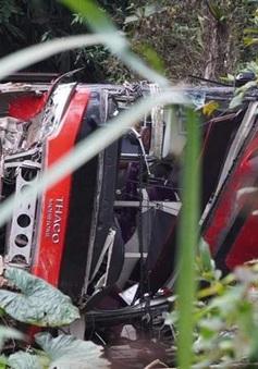 Xe khách mất lái rơi xuống vực sâu, phụ xe tử vong tại chỗ