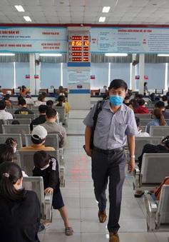 Người đang làm việc ở Hà Nội có được về quê ăn Tết?