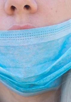 10 thói quen dễ lây nhiễm COVID-19 bạn ít nhận ra