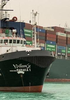 Gần 10 tỷ USD hàng hóa ách tắc mỗi ngày vì sự cố kênh đào Suez