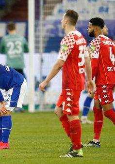 Schalke 04 chia điểm trước Mainz 05 tại vòng 24 Bundesliga