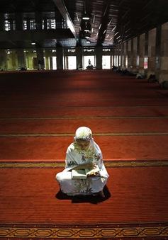 Người Hồi giáo Indonesia chuẩn bị đón lễ Ramadan,  tuân thủ nghiêm các biện pháp phòng dịch