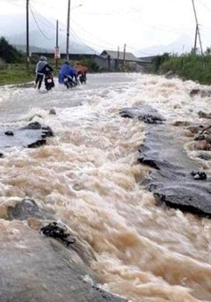 Khu vực miền núi Đông Bắc Bộ và Bắc Trung Bộ đề phòng lũ quét, sạt lở đất