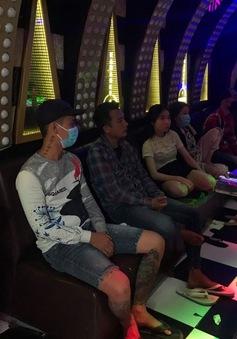 Tiền Giang lại phát hiện khách hát sử dụng ma túy trong quán karaoke