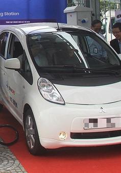 Nhiều bộ, ngành ủng hộ ưu đãi thuế, phí cho ô tô điện